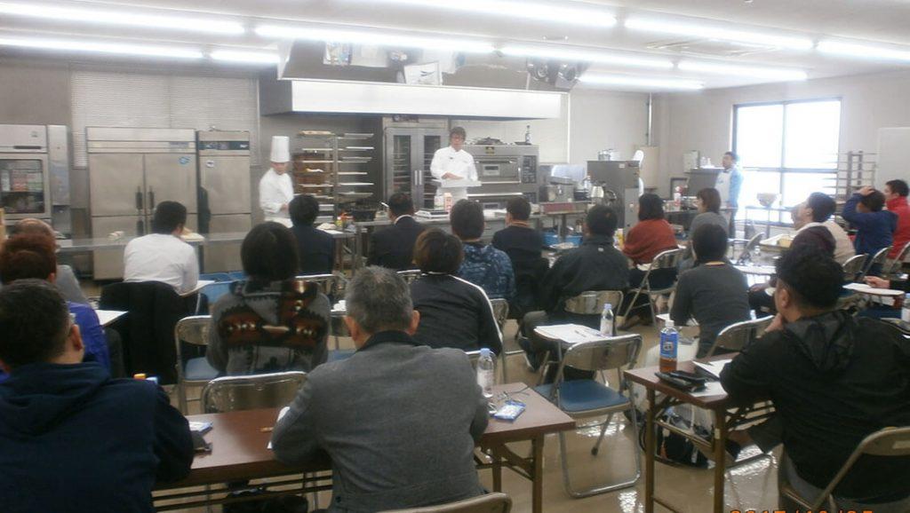 第2回「栃木乳業主催洋菓子講習会」を実施しました